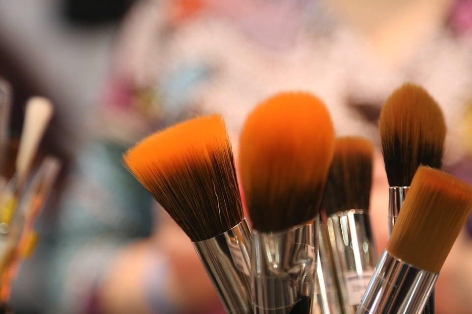 Negocio de Maquillaje Profesional en 10 Pasos Claves. III