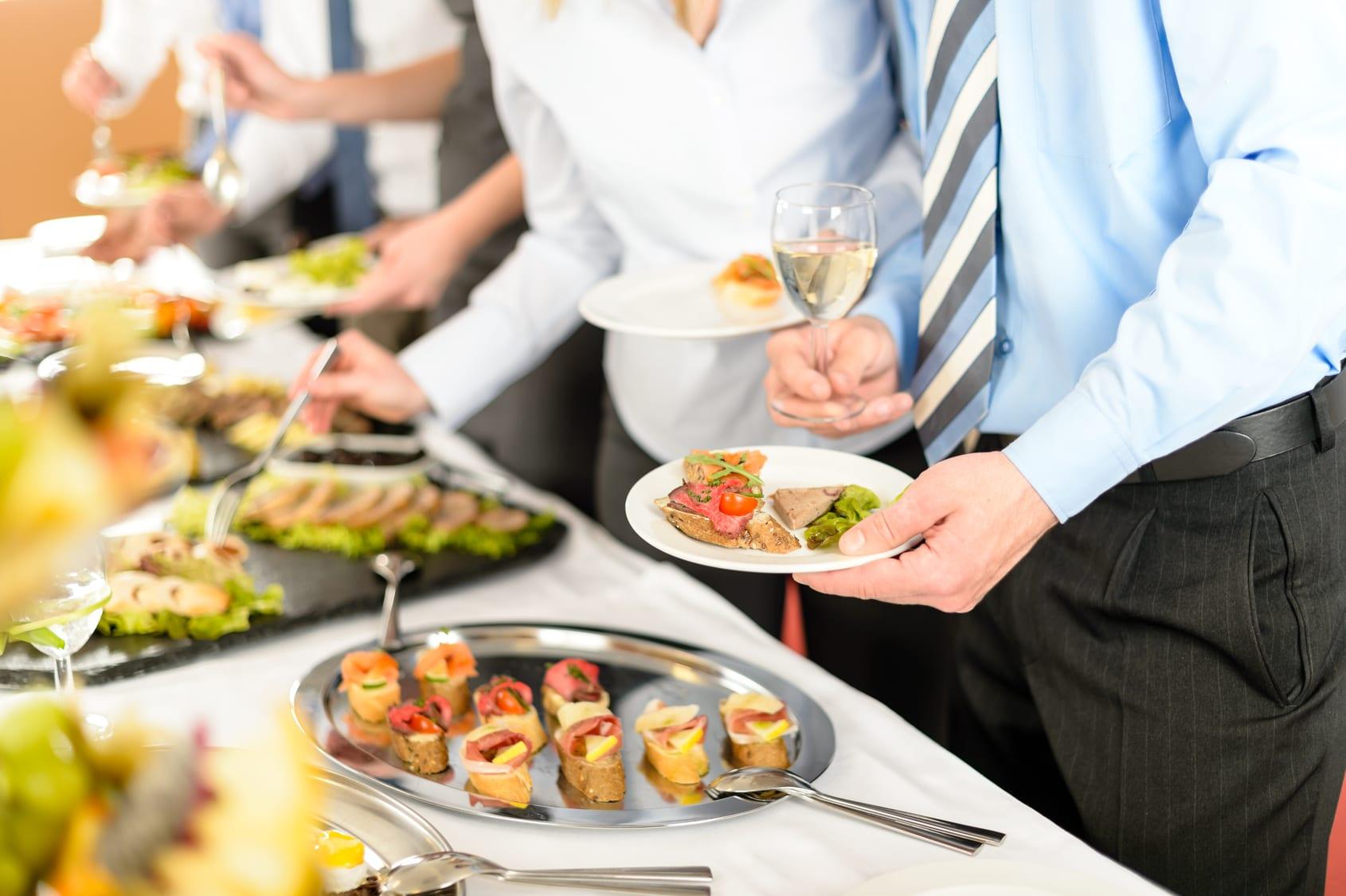 cómo iniciar un negocio de catering en casa