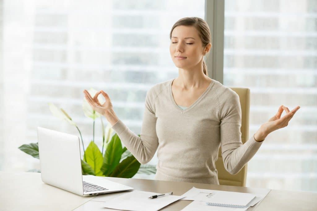 """El mindfulness es una palabra que traducida al español significa """"atención plena o """"conciencia plena"""""""